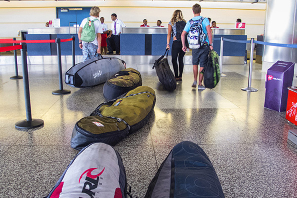 SUP-at-airport-terminal